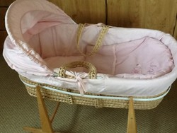 Moses Baskets Pink