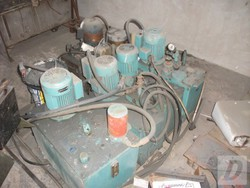Three phase hydraulic power packs