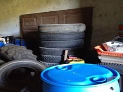 Trailer tyres 825 x 16