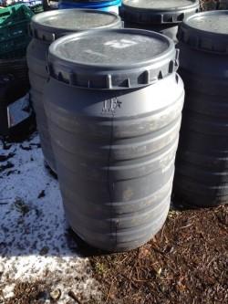 Plastic barrel 220 litre screw top / Water butt