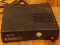 XBOX 360 Slim + 20 Games for sale