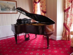 Piano Boudoir Grand For Sale