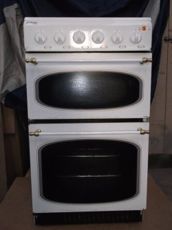 ELECTRIC COOKER (Jackson by Creda) for sale