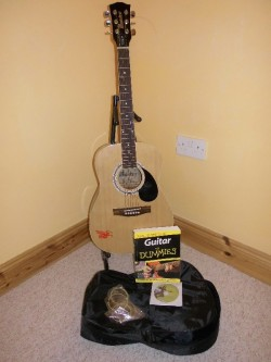 3/4 Size Acoustic Guitar for sale
