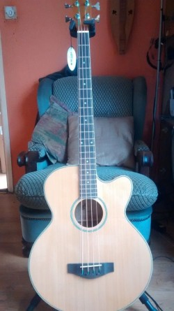 NEW 4 String Electric/Acoustic Bass Guitar With Active Pick up