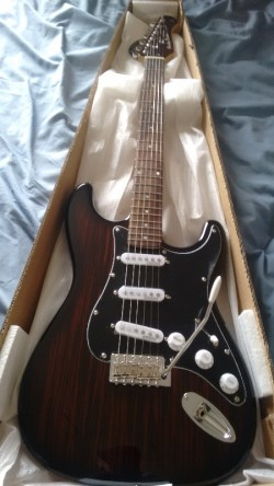 New ST-70 Rosewood Strat Copy Deluxe Series