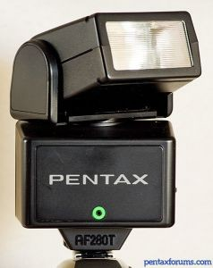 Pentax AF280T Flash Unit with case