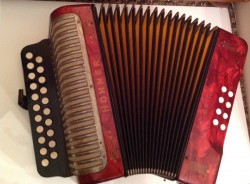 Hohner B/C button accordions dry tuned soprani bass layout