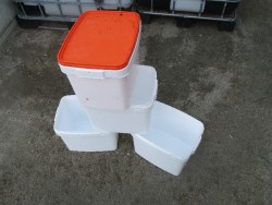 8lt Plastic Containers
