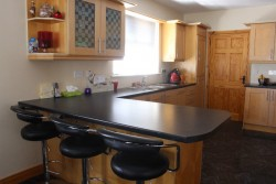 Solid Wood Maple Shaker Kitchen