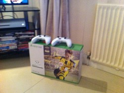 Xbox One S - Boxed