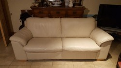 New 3 seater cream leather couch