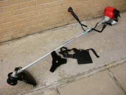 4-Stroke strimmers and brush cutters...