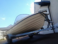 Boat-Trailer-Engines Outboard- Dingy