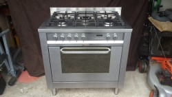 Stainless Steel,5 ring, Dual fuel Cooker