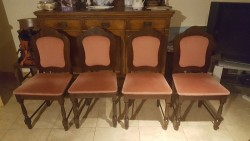 As new 4 dining room chairs imaculate