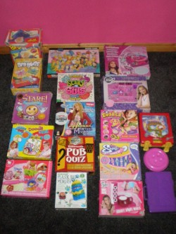 Selection of games and girls creative sets