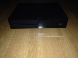 Xbox One (Boxed with Wireless controller)
