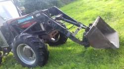 quickie 2200 loader + bucket & spike