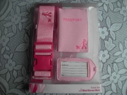 BRAND NEW PINK LADIES SUITCASE/LUGGAGE STRAP WITH MATCHING PASSPORT COVER/HOLDER AND NAME TAG