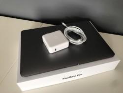 Apple MacBook Pro Retina 15.4'' Core i7 2.2ghz 16gb Ram 256gb