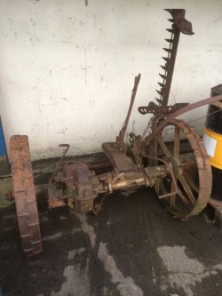 OLD TYPE GRASS MOWER FOR SALE