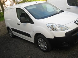 11 peugeot partner van,1.6hdi -90BHP irish reg included in price