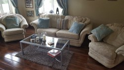 Three piece lounge suite