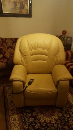 Cream leather  electric  chair