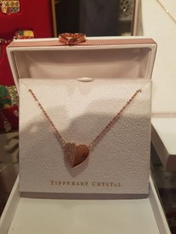 rose gold heart chain