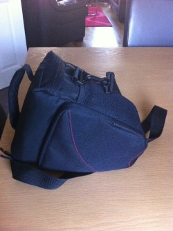 Hama Astana Colt 130 Camera Bag