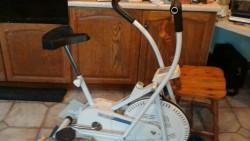Exercise bike cardio upper body