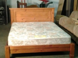 King size pine bed