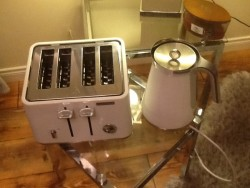 Morphy Richards matching Kettle & Toaster