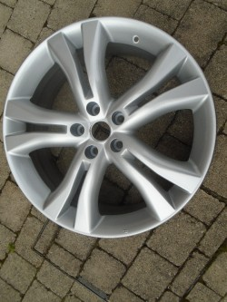 PROFESSIONALLY REFURBISHED 20 Inch ALLOY WHEEL From A 2011 NISSAN MURANO