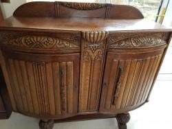 Antique oak heavy sideboard  dresser