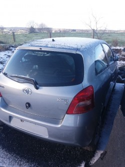 2011 toyota yaris 1.0vvti for spares