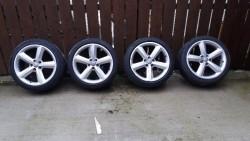 245x40x18 alloy/wheels