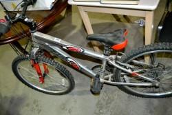 As new girls 24 speed mountain bike