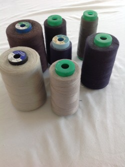 Quqntity of spools of thread.