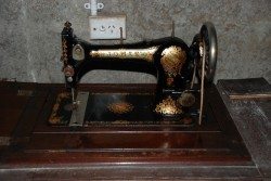 For Sale  Antique sewing Machine