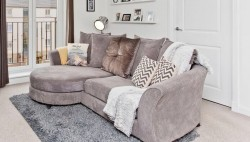 Sofa immaculate condition, clean and comfortable