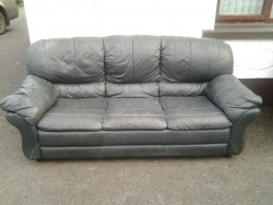 Green sofa in good condition