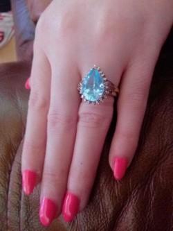 Stunning Natural Diamond &Topaz Ring