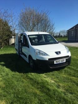 2012 Peugeot partner van