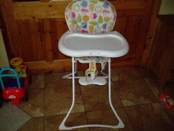 GRECO  BABY HIGH CHAIR €10