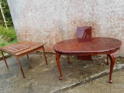 2 tables for 50 euro