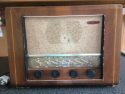 Pye Cambridge valve radio circa 1950's wood cabinet