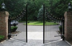 Electric gates 3 yr warranty
