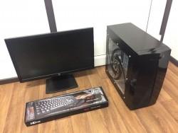 Custom Built Gaming Computer PC Setup with Monitor (Intel i5, 8GB RAM, GTX 950 Graphics, Win 10)